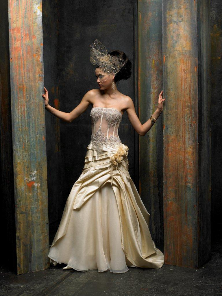 St. Pucchi Overstock Sale | The FashionBrides
