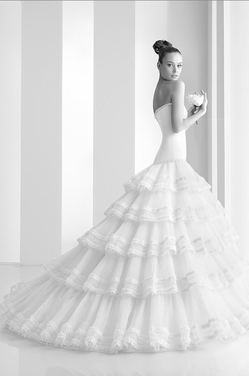 Any suggestions on a Spanish like wedding dress? - Weddingbee