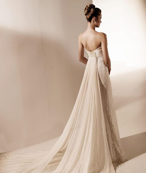 7dd7eb0d1dcd3 Valentino per Pronovias abiti da sposa 2010