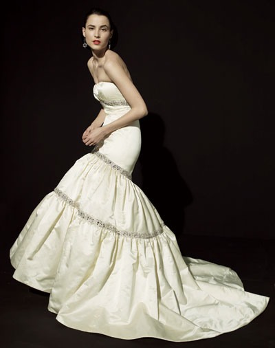 Phoebe Couture Dresses on Stunning Kenneth Pool Couture Wedding Gowns Available At Castigliano
