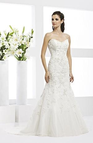 e719cc09b5c7 Veromia 2011 Couture Bridal Collection