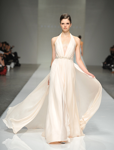 Romona keveza 2011 fall bridal collection the fashionbrides for Donna karan wedding dresses