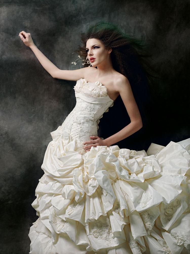 فساتين زفاف فرنسيه 2013 - احدث فساتين زفاف فرنسيه 2013 - اجمل فساتين زفاف فرنسيه 2013 maria-karin-11.jpg?w=750