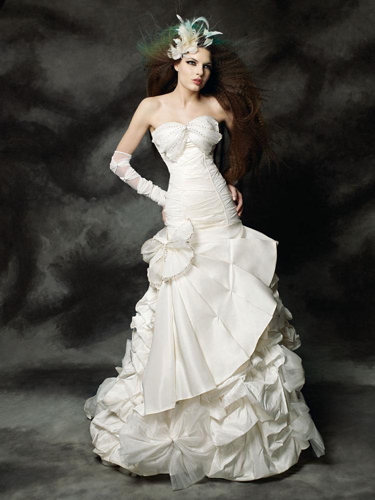 فساتين زفاف فرنسيه 2013 - احدث فساتين زفاف فرنسيه 2013 - اجمل فساتين زفاف فرنسيه 2013 maria-karin-4.jpg?w=750