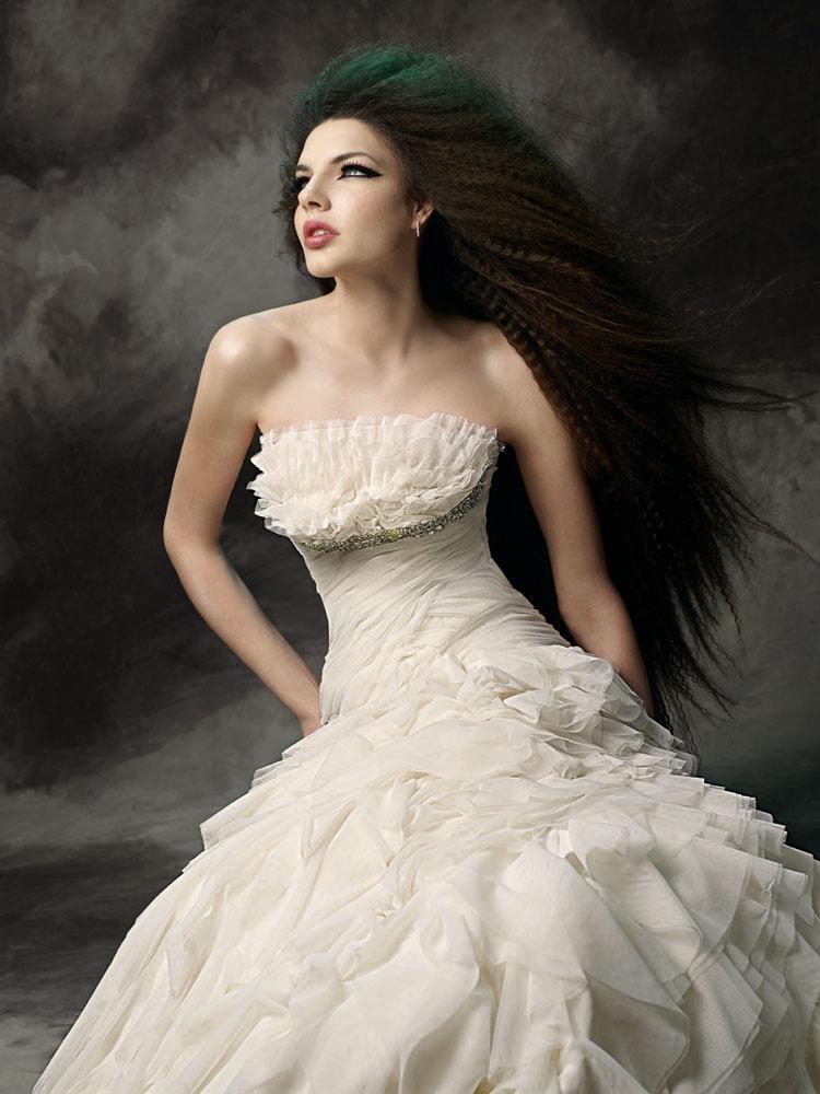 4cccd026e فساتين زفاف خيال 2013 ، فساتين زفاف تهبل 2014 ، احدث فساتين الزفاف