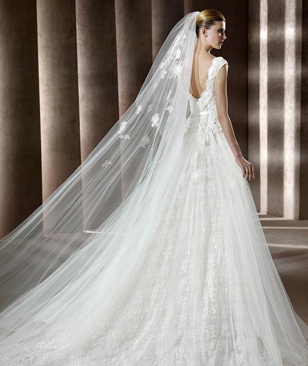 Elie saab 2012 pronovias bridal collection the fashionbrides for Elie saab 2012 wedding dresses
