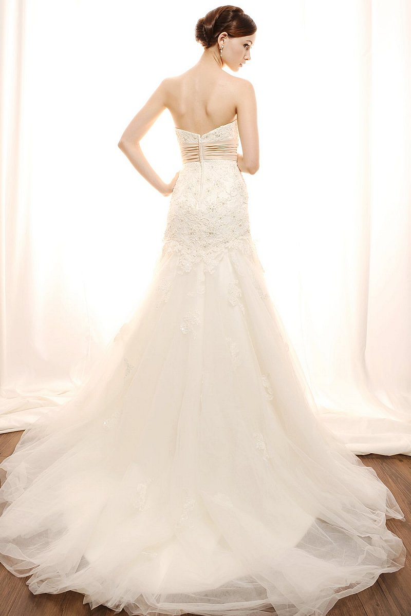 Eden bridal 2012 spring bridal collection the fashionbrides ombrellifo Images