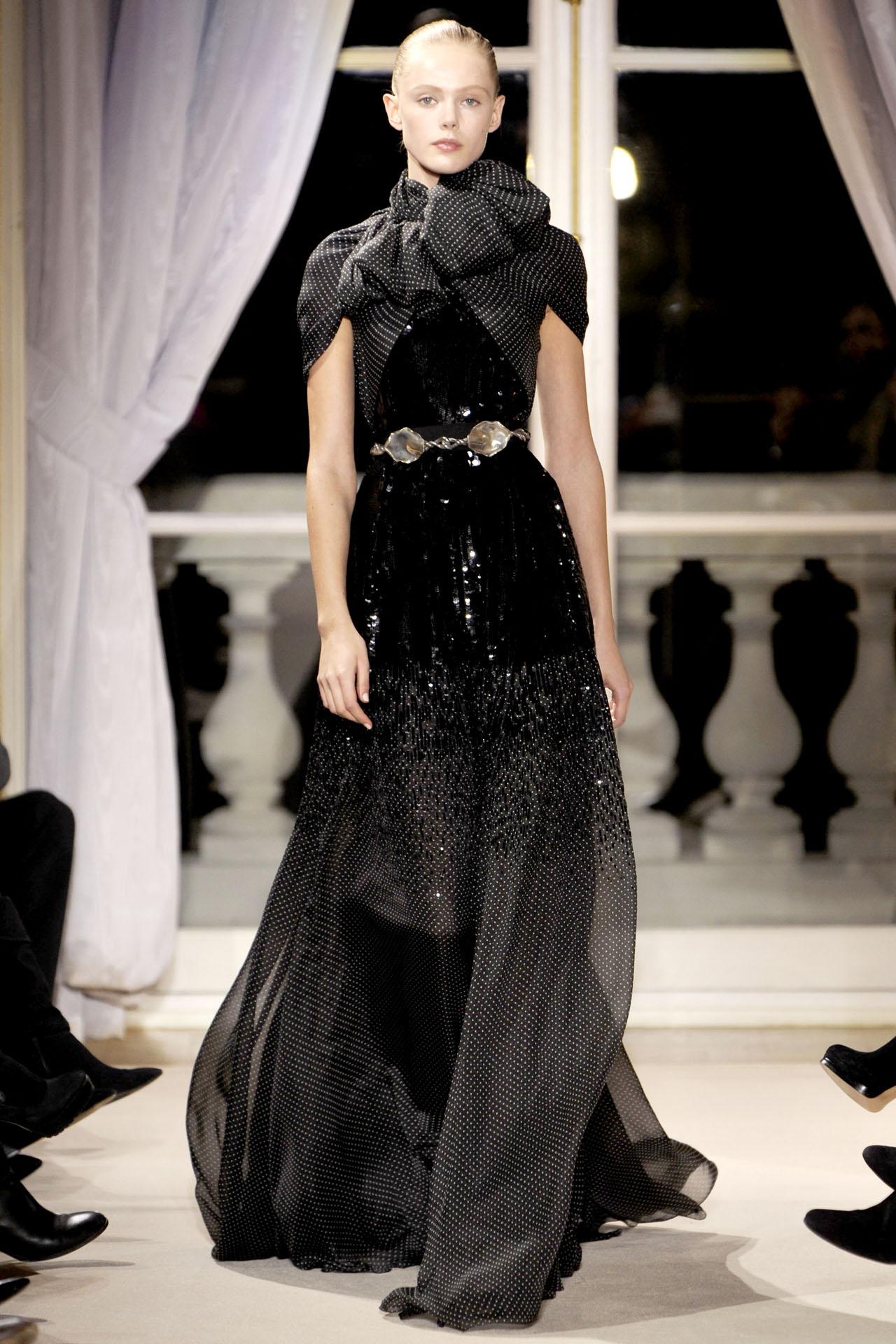 Giambattista valli spring 2012 couture collection for Loving haute couture