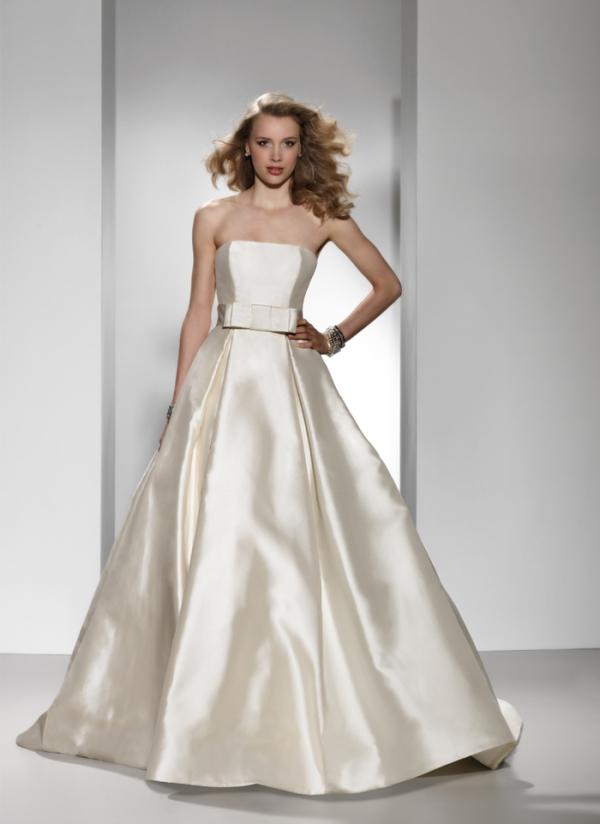 Justin Alexander 2011 Signature Bridal Collection | The FashionBrides