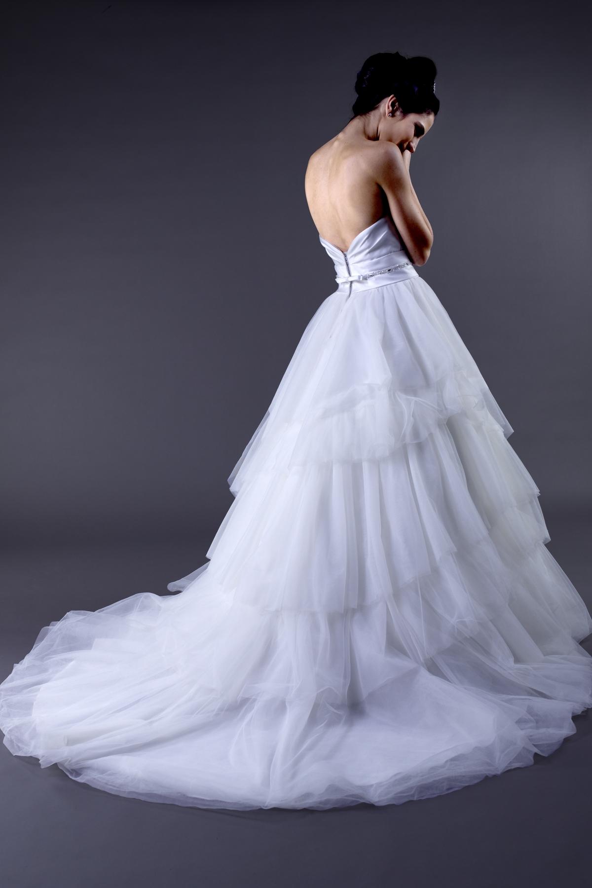 Liz Fields 2012 Spring Summer Bridal Collection II Fashionbride 39 S Weblog