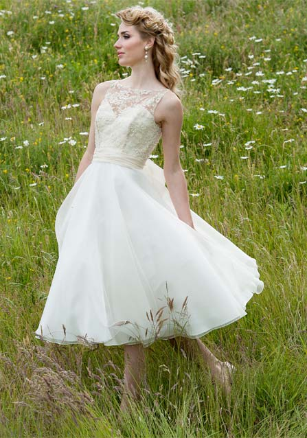 Lyn ashworth 2012 bridal collection the fashionbrides for Short wedding dresses 2012