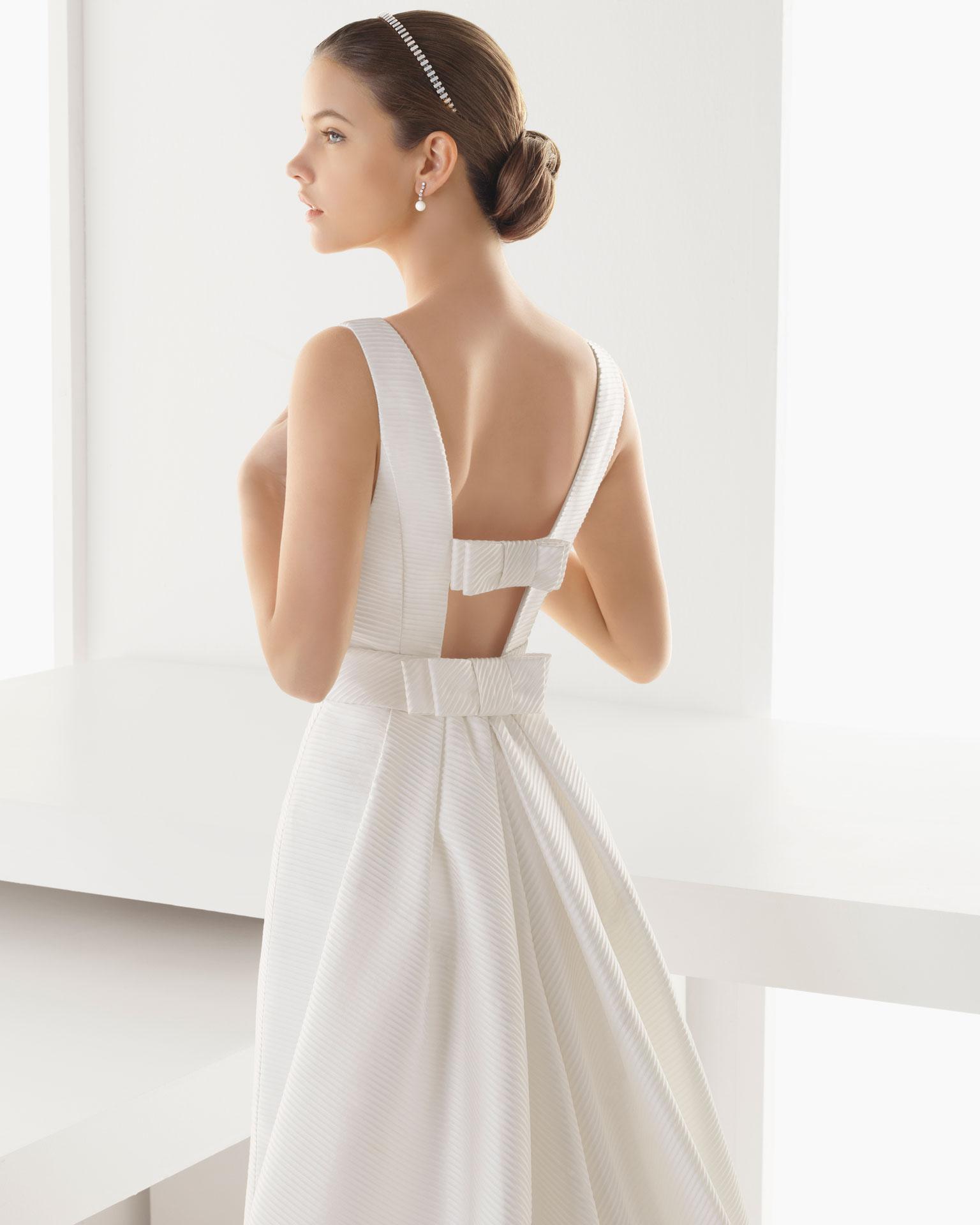 rosa clara 2013 spring bridal collection the fashionbrides. Black Bedroom Furniture Sets. Home Design Ideas