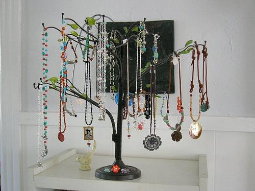 Jewelry Display Ideas 3 The Fashionbrides
