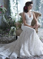 tara-keely-bridal-lace-fit-flare-gown-v-neckline-beaded-ribbon-belt-natural-waist-chapel-train-2304_zm[1]
