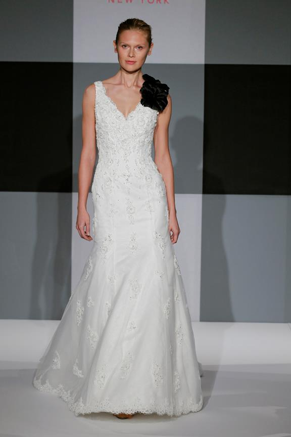 isa mizrahi bridal gown (30)