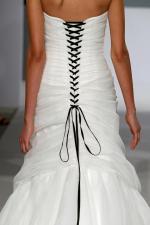 isa mizrahi bridal gown (35)