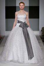 isa mizrahi bridal gown (41)