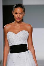 isa mizrahi bridal gown (5)