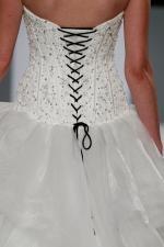 isa mizrahi bridal gown (7)