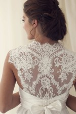 anna-campbell-lace-back-wedding-dress