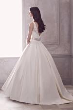 paloma-blanca--gown-4400--alt_0[1]