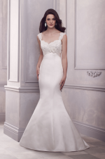 paloma-blanca--gown-4406--front_2[1]