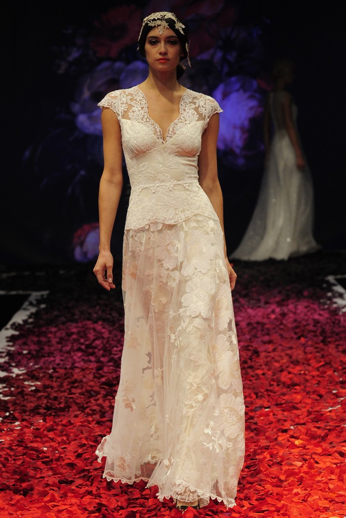 Claire pettibone fall 2014 wedding gown 20 for Where to buy claire pettibone wedding dress
