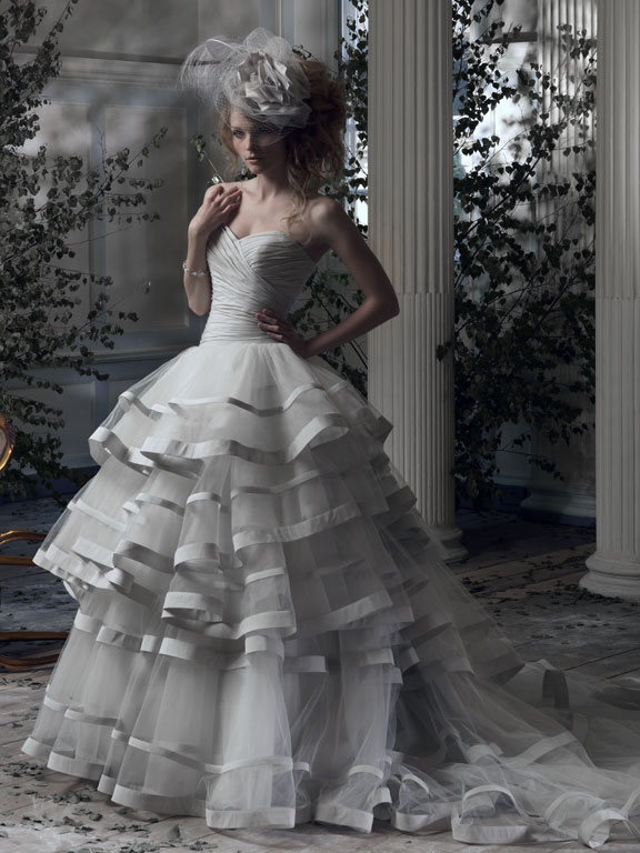 ian stuart 2014 spring bridal collection (37)