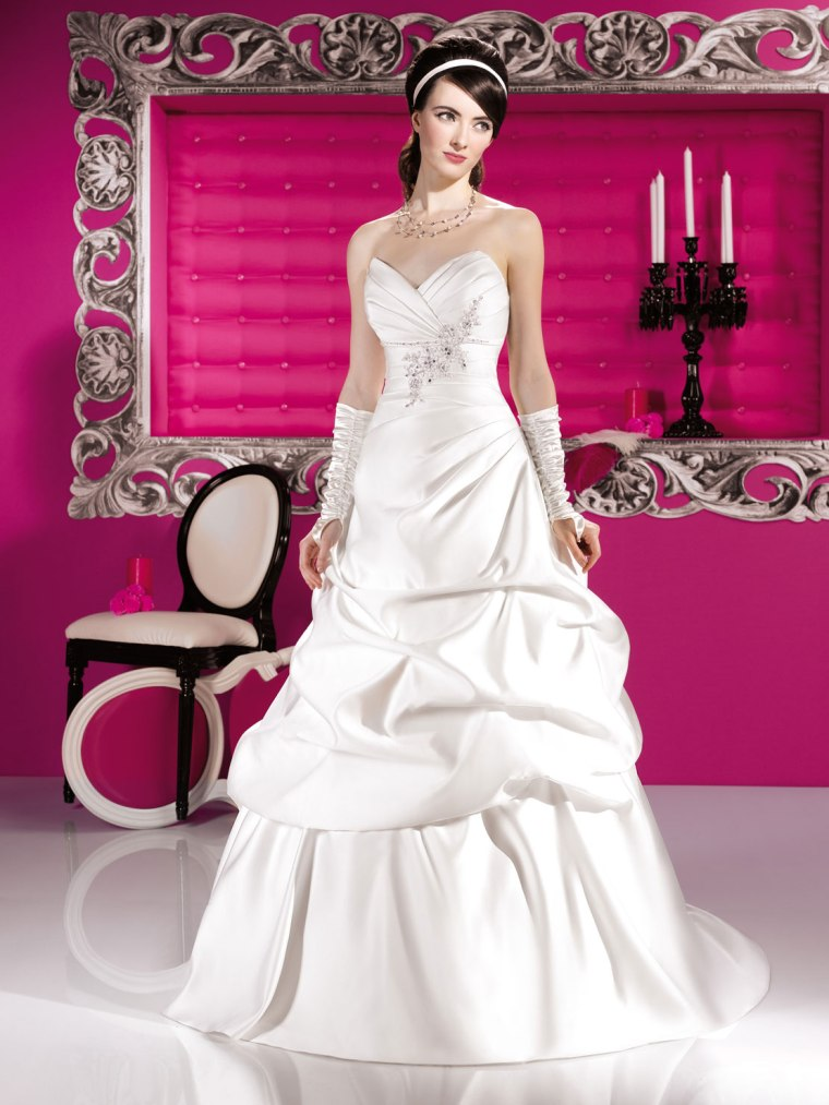 just for you kauradia wedding gowns (11)