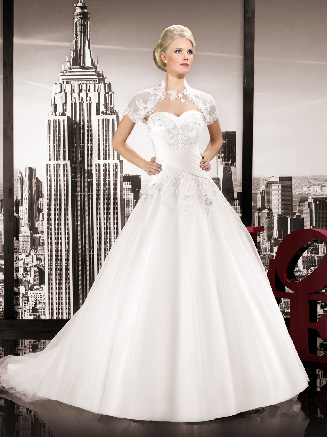 301 moved permanently for Wedding dress in paris