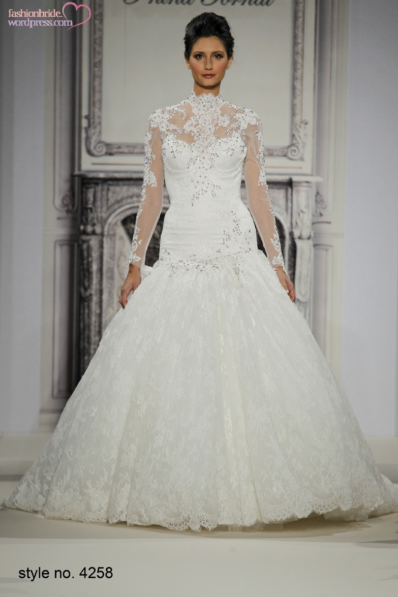 Pnina tornai 2014 fall bridal collection fashionbride 39 s for Lace wedding dresses with sleeves kleinfelds