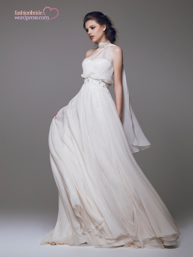 blumarine 2015 spring bridal collection the fashionbrides. Black Bedroom Furniture Sets. Home Design Ideas