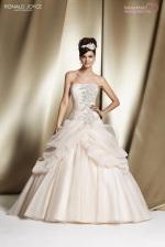 wedding-dresses-2014-2015-bridal-ronald-joyce (71)