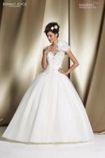 wedding-dresses-2014-2015-bridal-ronald-joyce (74)