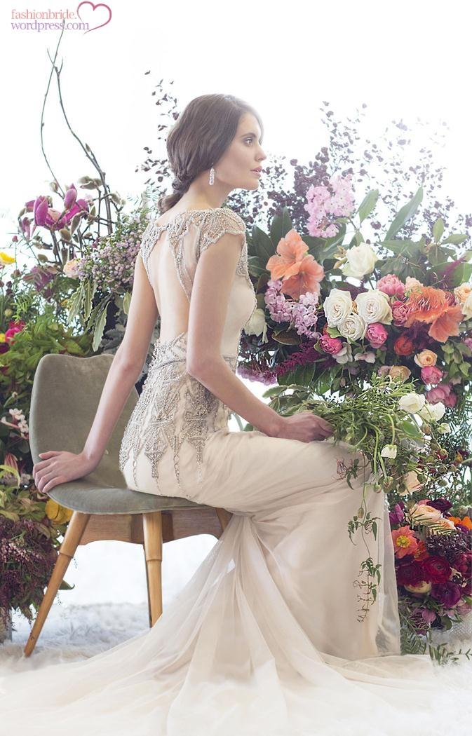 300dpi-Elke-Gwendolynne-Dress-Back