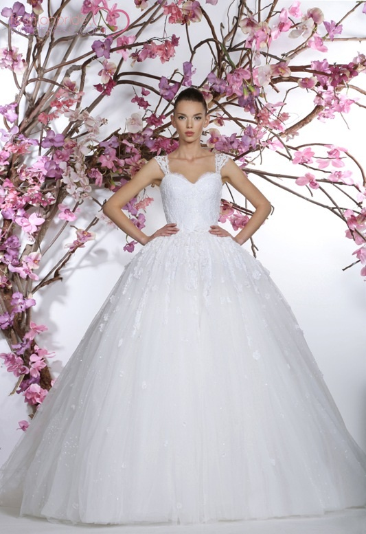 georges_hobeika_2015_wedding_gown_collection (49)