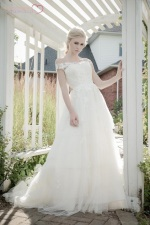 sarah_houston_2015_wedding_gown_collection (7)