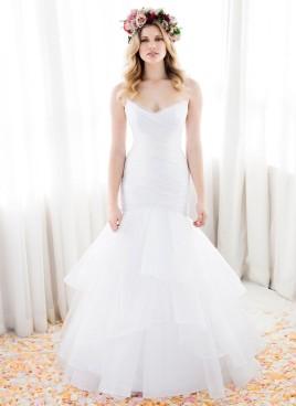 dramatic-wedding-dress anna schimmel (1)