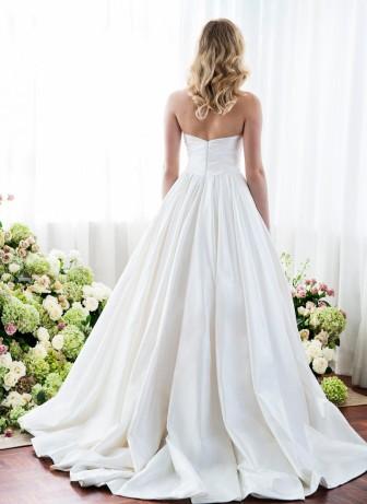 dramatic-wedding-dress anna schimmel (13)