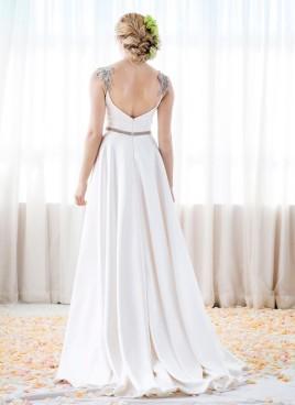 dramatic-wedding-dress anna schimmel (5)