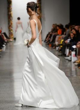 simple-wedding-dress-3-zoom-768x1055[1]