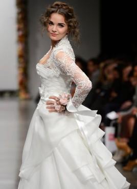 stunning-wedding-dress-2-zoom-768x1055[1]