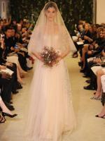 carolina-herrera-bridal-gowns-spring-2015-fashionbride-website-dresses-06