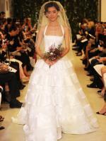 carolina-herrera-bridal-gowns-spring-2015-fashionbride-website-dresses-15