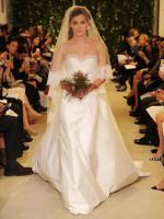 carolina-herrera-bridal-gowns-spring-2015-fashionbride-website-dresses-16