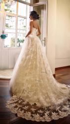 akay-bridal-2016-fashionbride-website-dresses-03
