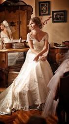 akay-bridal-2016-fashionbride-website-dresses-07