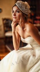 akay-bridal-2016-fashionbride-website-dresses-10