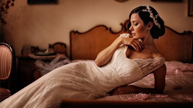 akay-bridal-2016-fashionbride-website-dresses-15