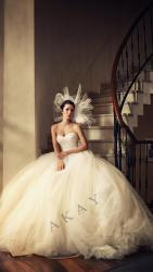akay-bridal-2016-fashionbride-website-dresses-23